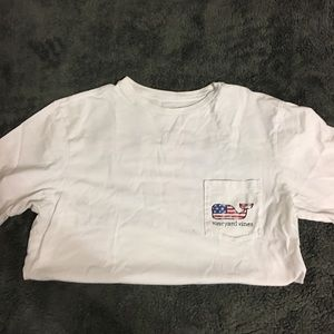 White vineyard vine long tee